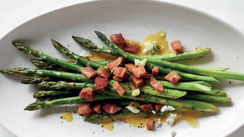 asparagus-with-oozy-eggs