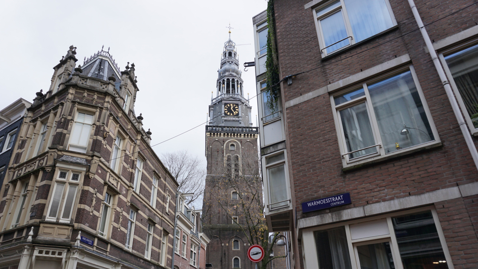 warmoesstraat-old-church-amsterdam-holland-miniaturist