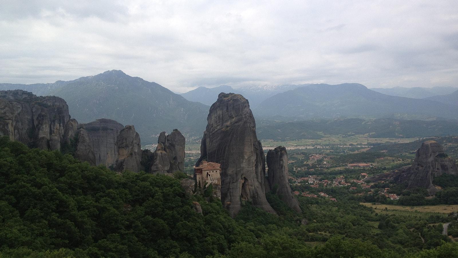 Guy-Stagg-The-Crossway-Meteora-medieval-monasteries-Greece