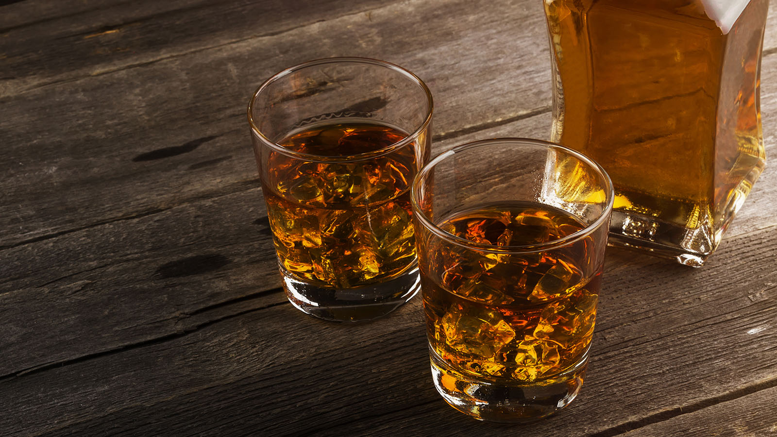Whiskey-bottle-and-glasses
