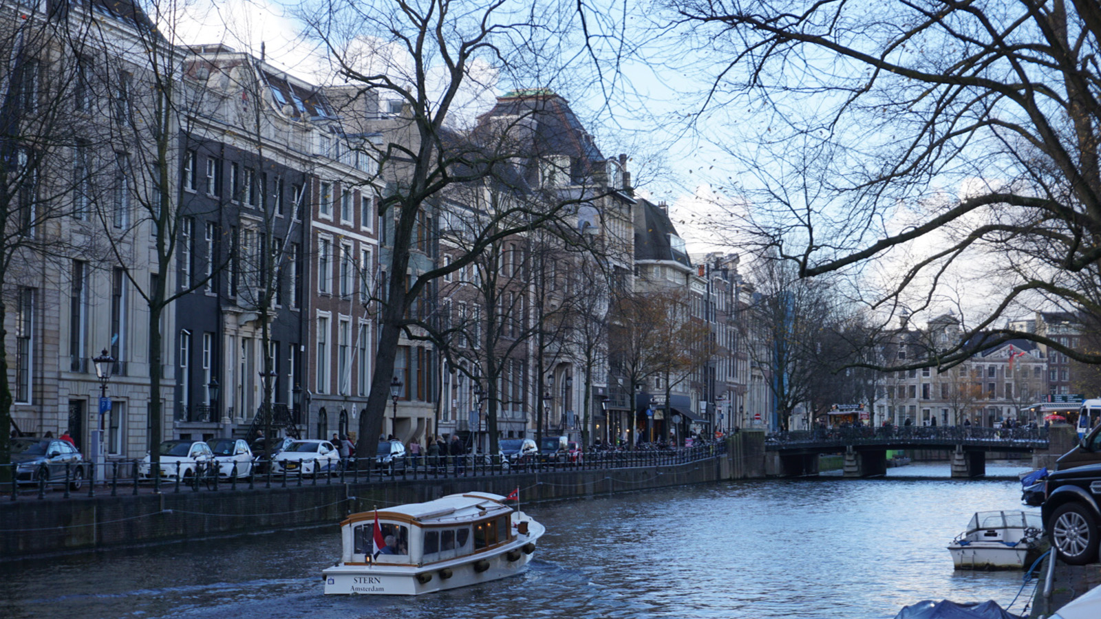 golden-bend-herengracht-gouden-bocht-amsterdam-holland-miniaturist