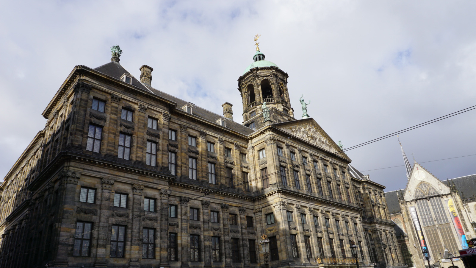 stadhuis-royal-palace-amsterdam-miniaturist