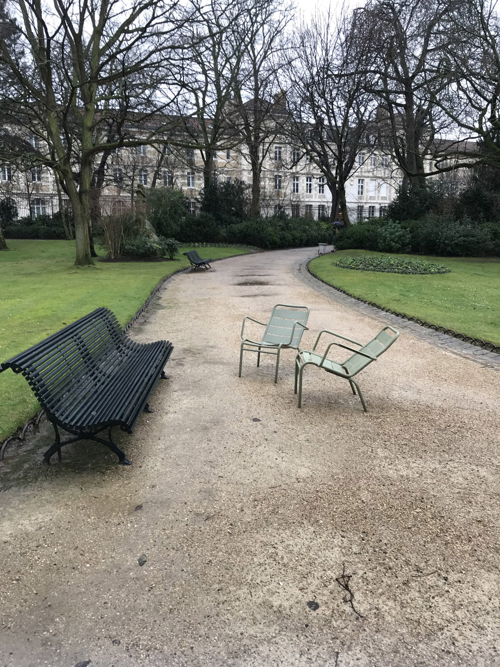 benches-jardin-du-luxembourg-paris-france-alicia-drake