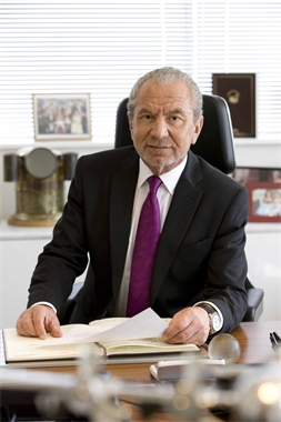 alan sugar leadership style Leadership is the energetic process of getting other people fully and willingly committed to a new and sustainable course of action, to meet commonly agreed objectives whilst having commonly held values.